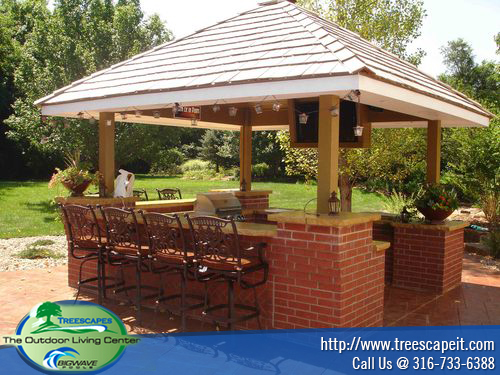 Outdoor kitchens pools wichita ks treescapes for Pool with outdoor kitchen
